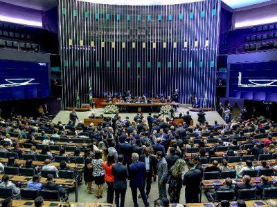 A cerimônia aconteceu nesta terça-feira (21), na Câmara dos Deputados, por iniciativa primeiro vice-presidente da Casa, deputado federal Marcos Pereira (PRB-SP)
