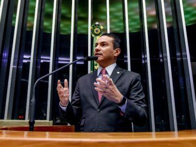 Recurso destinado pelo deputado do PRB será utilizado para a reforma de escola no município paulista