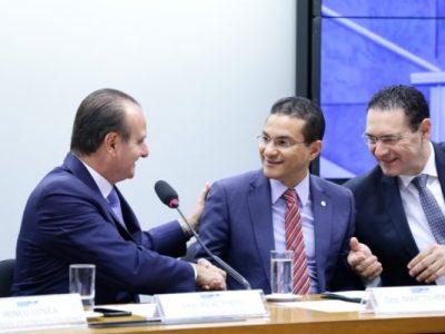 Projeto pretende adequar e atualizar a Lei de Informática com o objetivo de atrair investimentos do setor de Tecnologia da Informação e Comunicação (TIC)