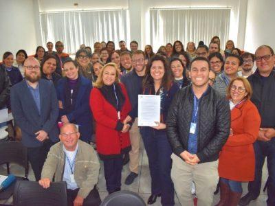 """""""Fico muito feliz ao saber que estamos no caminho certo e que isso vai gerar desenvolvimento para a cidade"""", disse a prefeita Renata Sene (PRB)"""