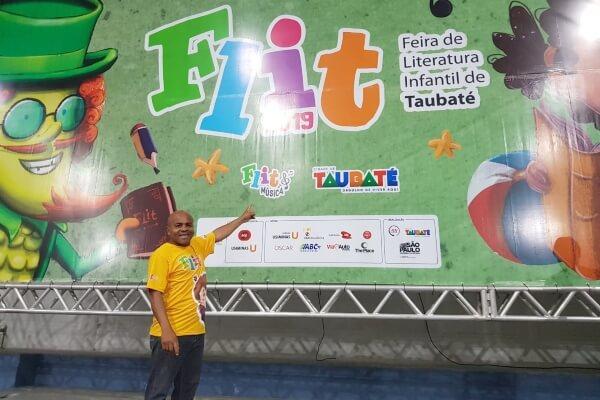 No domingo (15), o vereador Nunes Coelho (Republicanos) prestigiou a abertura oficial da 3ª Flit (Feira de Literatura Infantil de Taubaté)