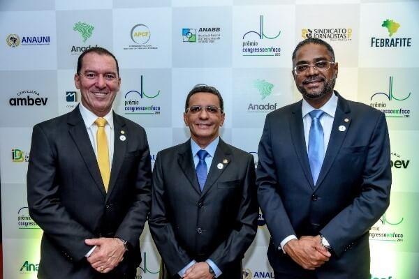 Os deputados federais republicanos Márcio Marinho (BA) e Vinicius Carvalho (SP) e o senador Mecias de Jesus (RR) estão na lista dos vencedores do Prêmio Congresso em Foco 2019
