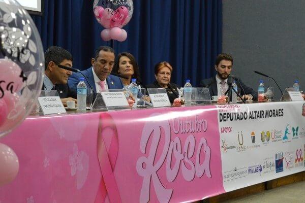 A cerimônia, proposta pelo deputado estadual Altair Moraes (Republicanos-SP), dá início às ações em prol da prevenção do câncer de mama em todo o estado de São Paulo