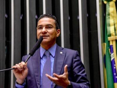 Projeto do deputado Marcos Pereira, que estende aos municípios as mesmas condições oferecidas aos estados e ao DF para renegociação de suas dívidas com a União foi aprovado pela Comissão de Finanças e Tributação