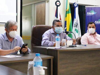 Gilmaci Santos preside audiência inédita no Pontal do Paranapanema